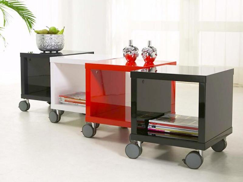couchtisch w rfel auf rollen 40x40 rot lack hochglanz. Black Bedroom Furniture Sets. Home Design Ideas