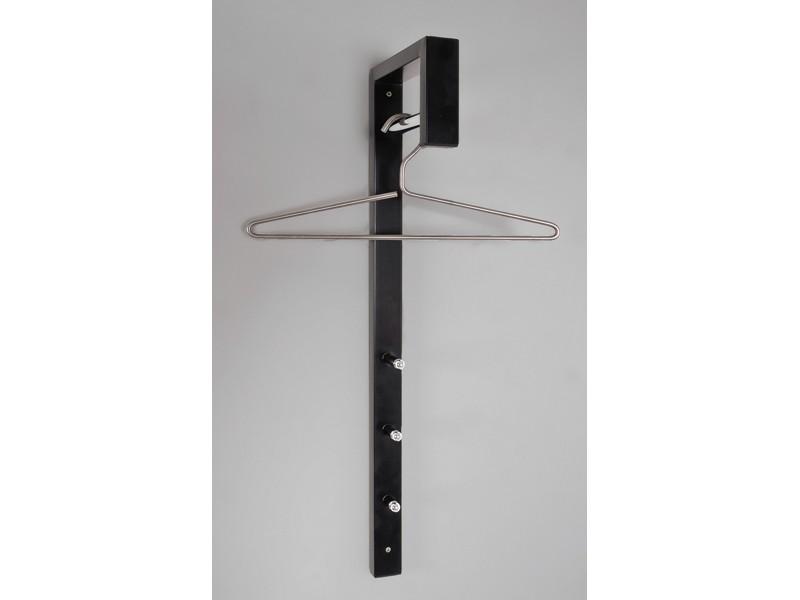 schmale wandgarderobe hochglanz schwarz chromstange. Black Bedroom Furniture Sets. Home Design Ideas